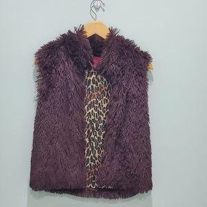 Betsey Johnson small fur vest